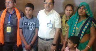 शहीद हेमराज के दो बच्चों को एलन ने गोद लिया