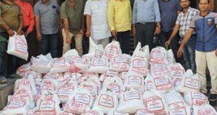 बाढ़ पीडितों के लिये चम्बल हॉस्टल एसोसिएशन ने दिये 200 राहत किट